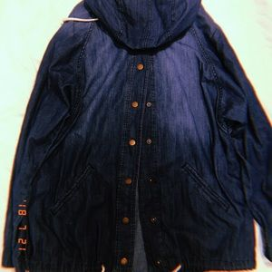 Cute thin denim jacket from forever 21